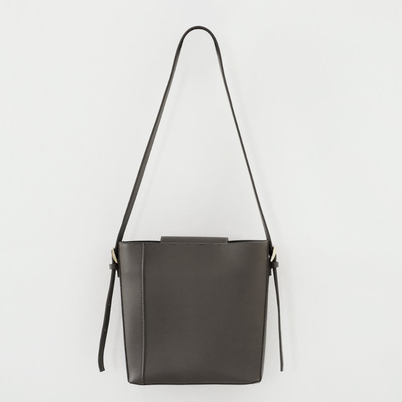 Two Way Buckle Shoulder Bag_ Gray
